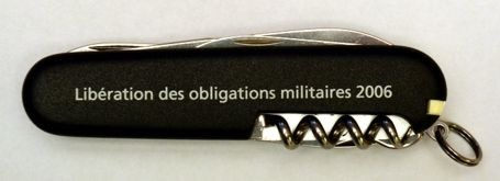 Couteau Knife given to soldiers at their discharge from military obligations (**)